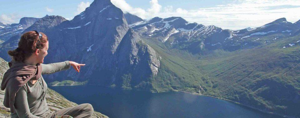 Rando kayak dans le fjord de Stetind en Norvege