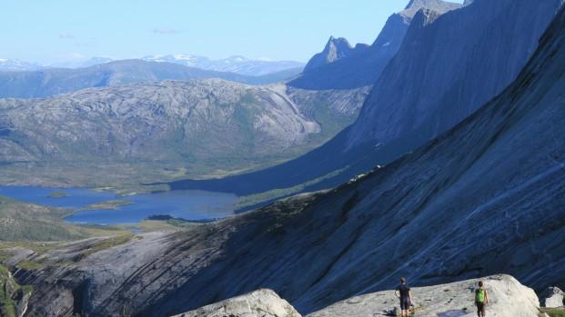 Voyage-rando-kayak-en-Norvege-Arctica-Nature33-621×349