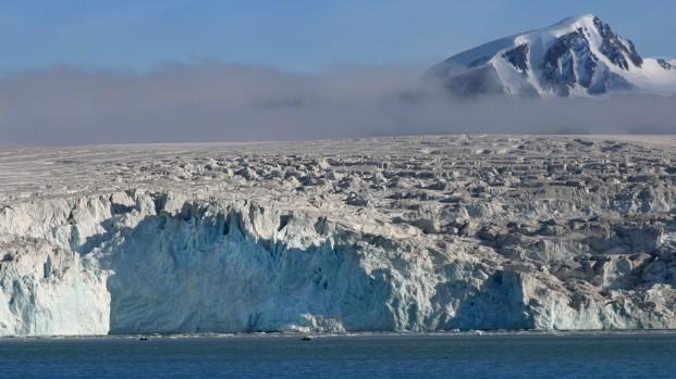 Pierre-Fijalkowski-Arctica-Nature-Spitzberg-201412-621×349
