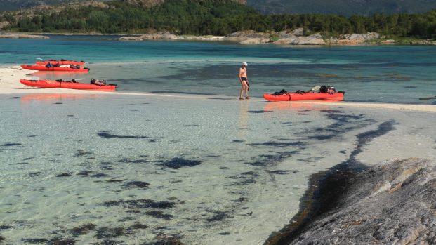 kayak dans les iles proches des Lofoten
